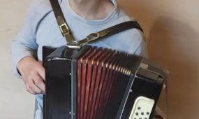 """Muzikinis projektas """"Kaunas groja"""""""