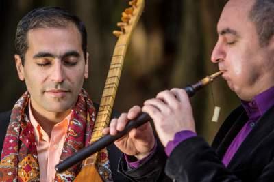 Tautas taikantis muzikinis duetas