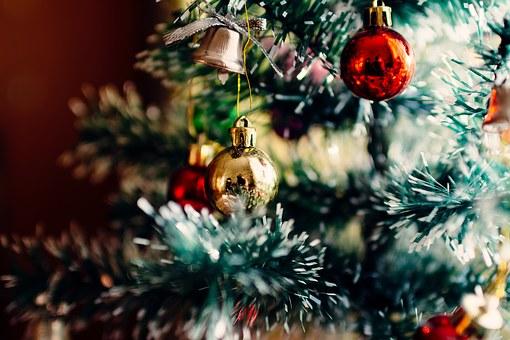 Kalėdinių žaislų paroda Raudondvario pilyje