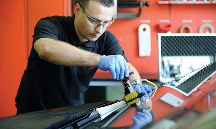 Kada automobilio stiklo suremontuoti nebeįmanoma?