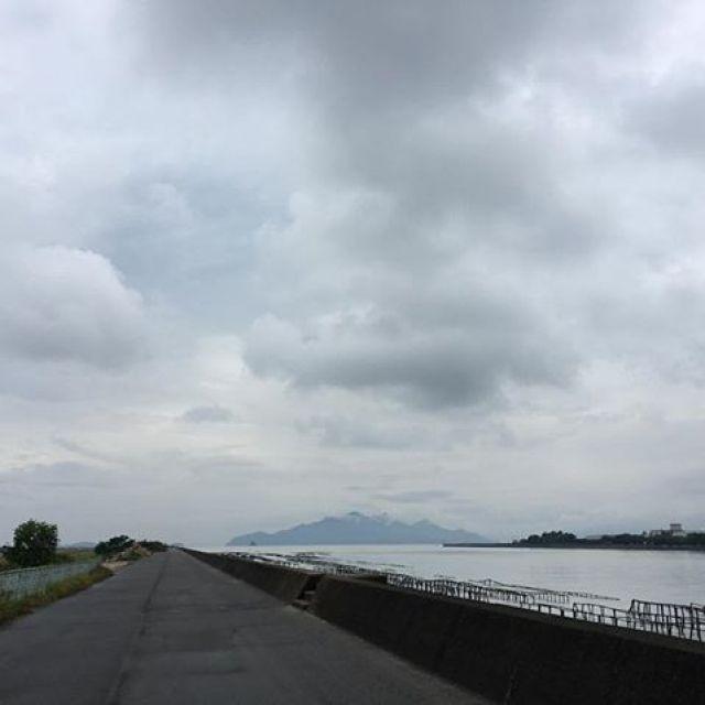 雨上がりのすきに、ひさびさの昼ラン。ごっつあんです!#唄うたいカワムラ