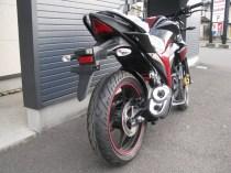 スズキ ジクサー(GIXXER)155cc レッド/ブラック 右後ろ側
