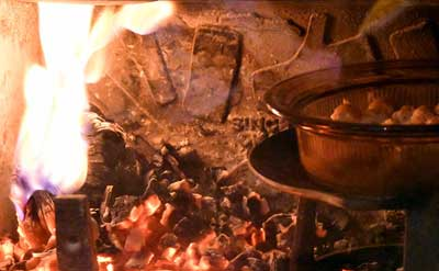 炉内にグラタン皿を投入
