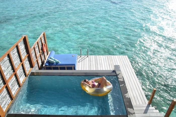 piscinas de luxo dentro do mar