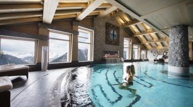 Hotel de luxo em Courchevel Le K2, o palácio dos alpes!