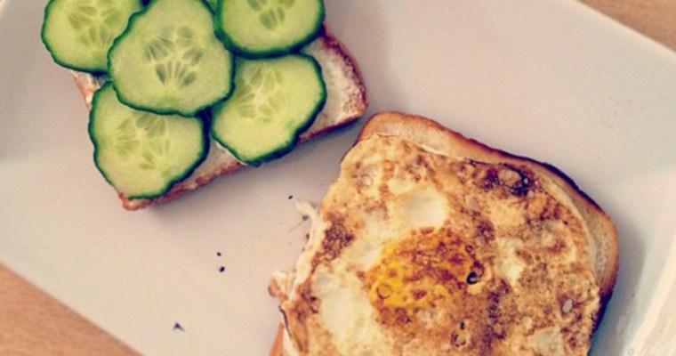 Frühstück Sandwiches – Ei und Gurke