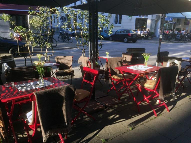 Karls Café & Weine Außenbereich