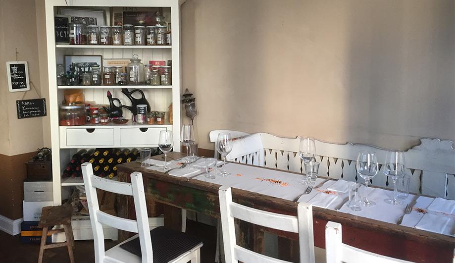 Äthiopisch-eritreischer Gaumenschmaus - Karls Café & Weine