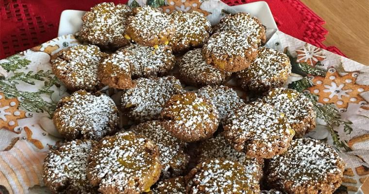 Selbstgemachte glutenfreie Weihnachtskekse