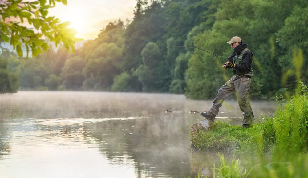 What to wear when bass fishing