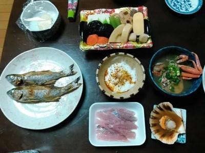 本日の夕飯、黒ムツ・ホタテ・親ガニ・ねばりっこ