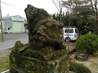 白尾神社狛犬