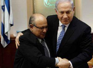 نتانیاهو و مئیر داگان، ژانویه ۲۰۱۱ Reuters©