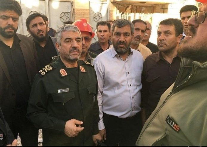 Visit_of_General_Mohammad_Ali_Jafari_of_the_Kermanshah_Earthquake_Zone_03