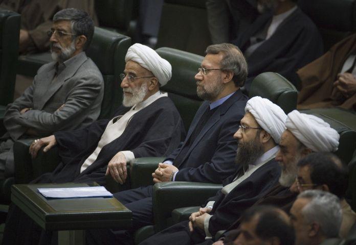 2009-12-01T120000Z_1415964555_GM1E5C119KE01_RTRMADP_3_IRAN