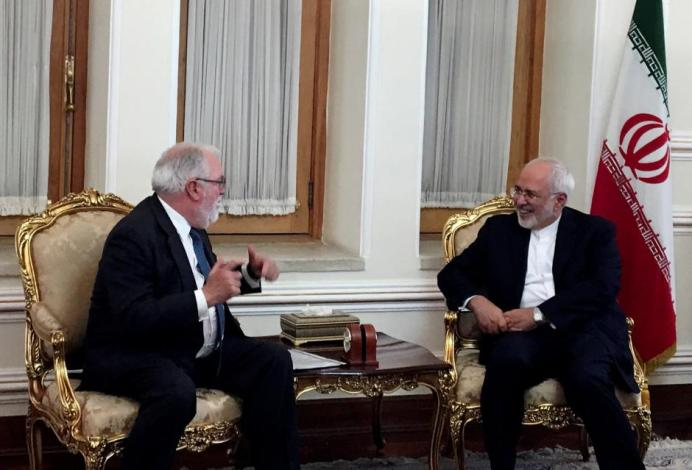 Iranian Foreign Minister Mohammad Javad Zarif meets with European Commissioner for Energy and Climate, Miguel Arias Canete, in Tehran, Iran May 20, 2018. REUTERS