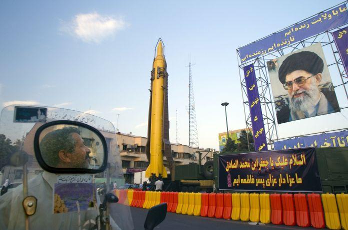 2011-09-23T120000Z_1859231925_GM1E79O03UM01_RTRMADP_3_IRAN