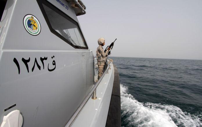 2015-04-08T000000Z_122644602_GF10000052470_RTRMADP_3_YEMEN-SECURITY-IRAN-NAVY