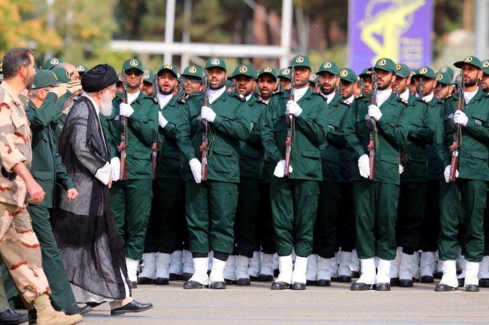 2019-10-13T123630Z_1536159814_RC1E5E1B6410_RTRMADP_3_IRAN-GUARDS-KHAMENEI