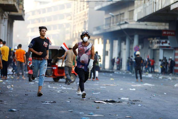 2019-11-09T153400Z_1633872215_RC2R7D9OBE7S_RTRMADP_3_IRAQ-PROTESTS