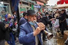 An Iranian man plays an instrument ahead of Nowruz, the Iranian New Year, amid the coronavirus disease (COVID-19) pandemic, in Tehran, Iran March 17, 2021. REUTERS./