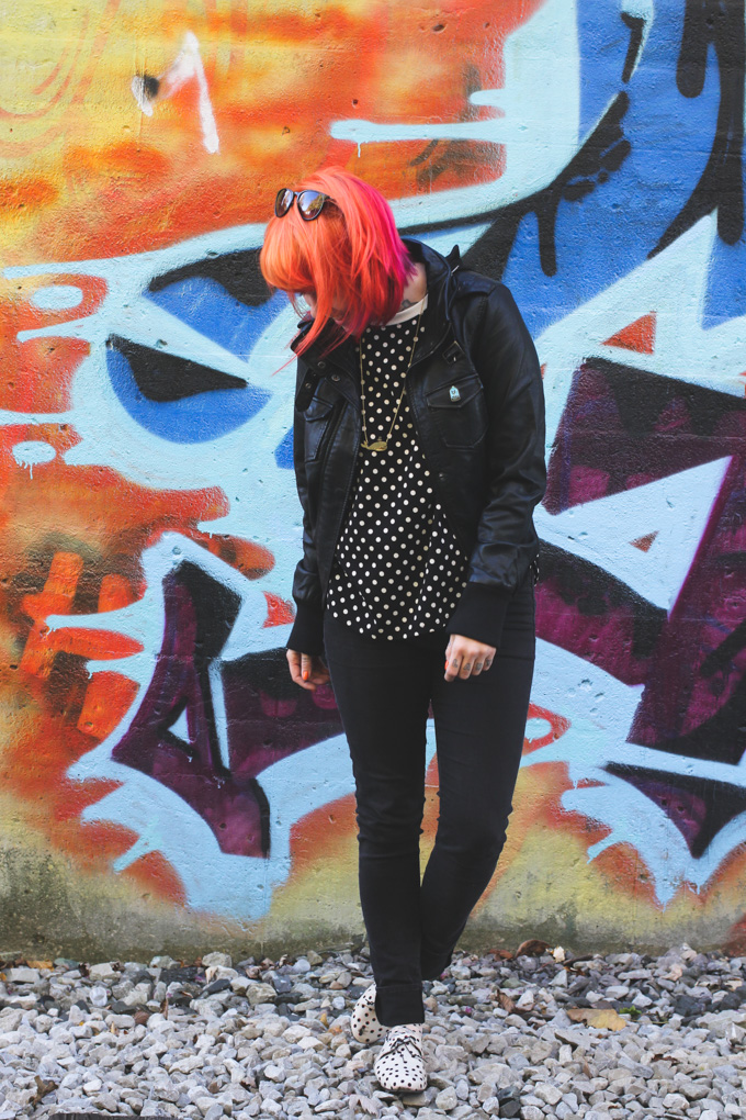 the dainty squid, graffiti, orange hair