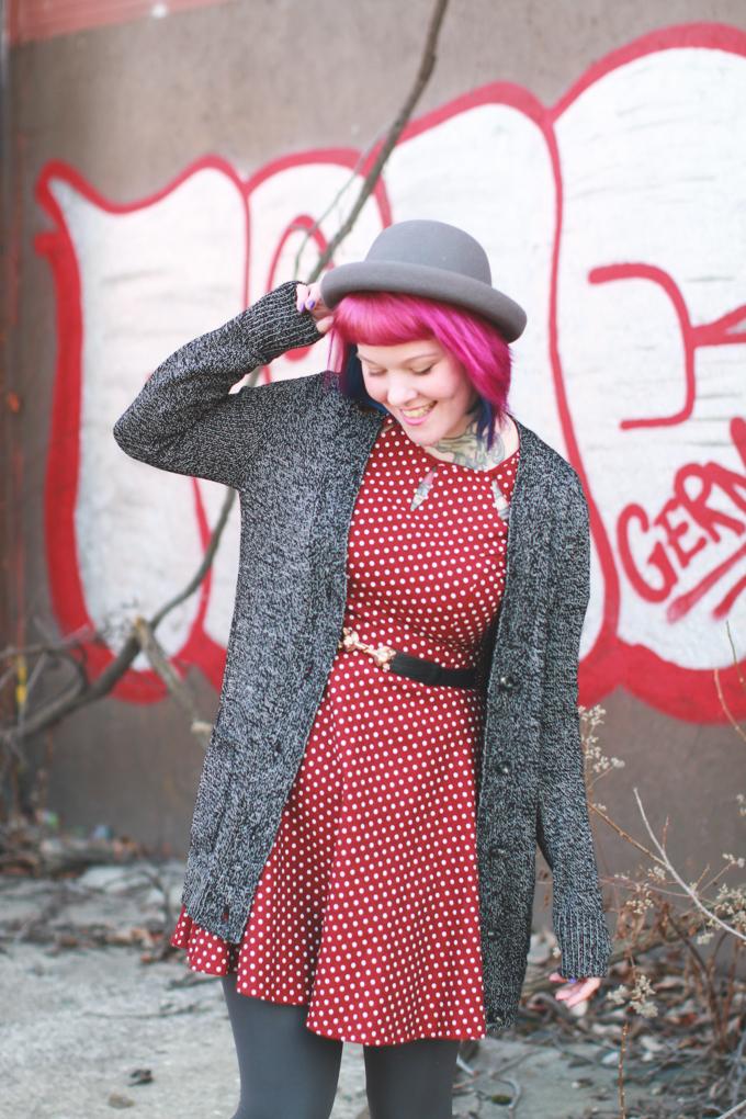 what I wore, polka dot dress, pink hair, ootd