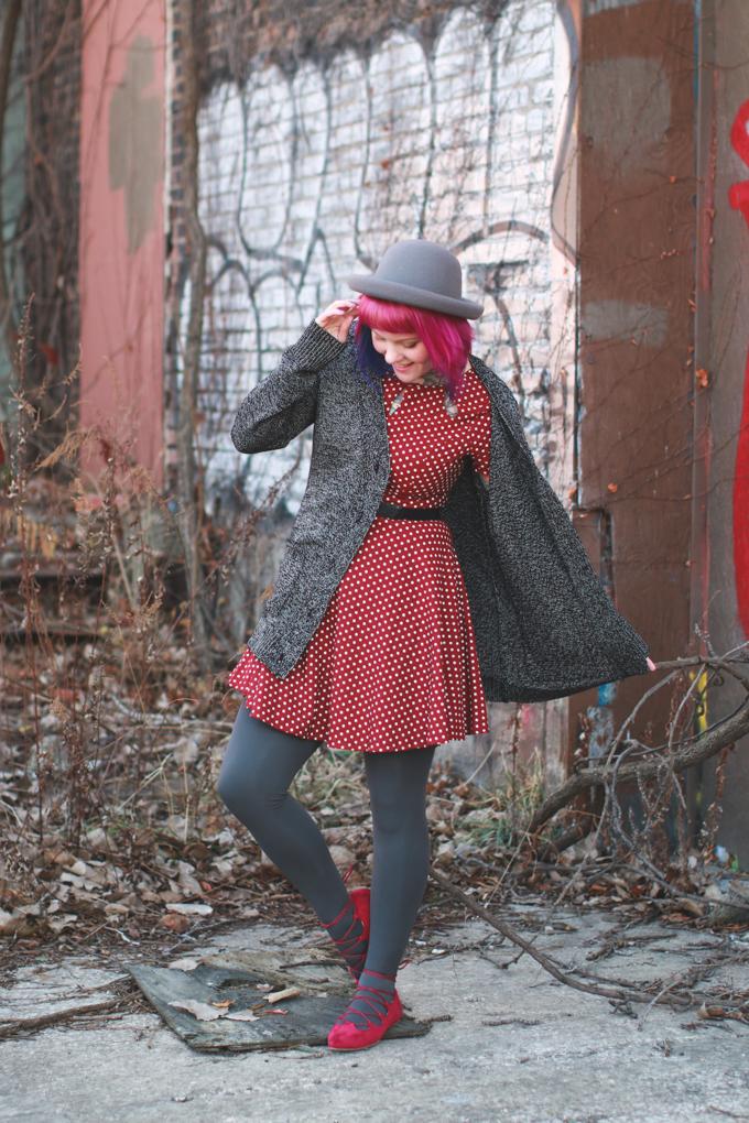 what I wore, polka dot dress, pink hair