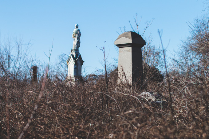 philly, cemetery, abandoned, headstone