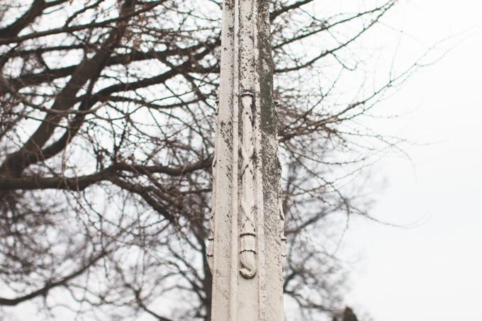life extinguished, headstone symbolism
