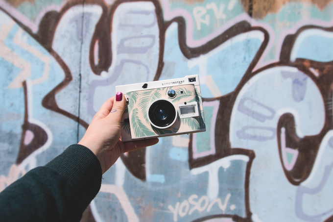 lomography, photography, camera review, instant photo