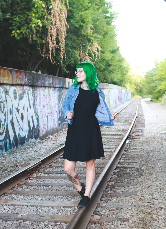 the dainty squid, black dress, cleveland, fashion blog, green hair, ootd