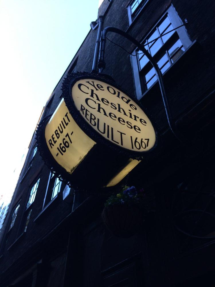 ye olde cheshire cheese is one of the many things to do in london