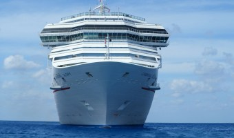 Comparing Carnival, Celebrity, Norwegian and Royal Caribbean Dining Experiences