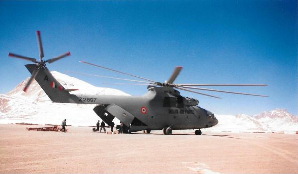 When a Naval Aviator Flew the Mi-26 'Halo'