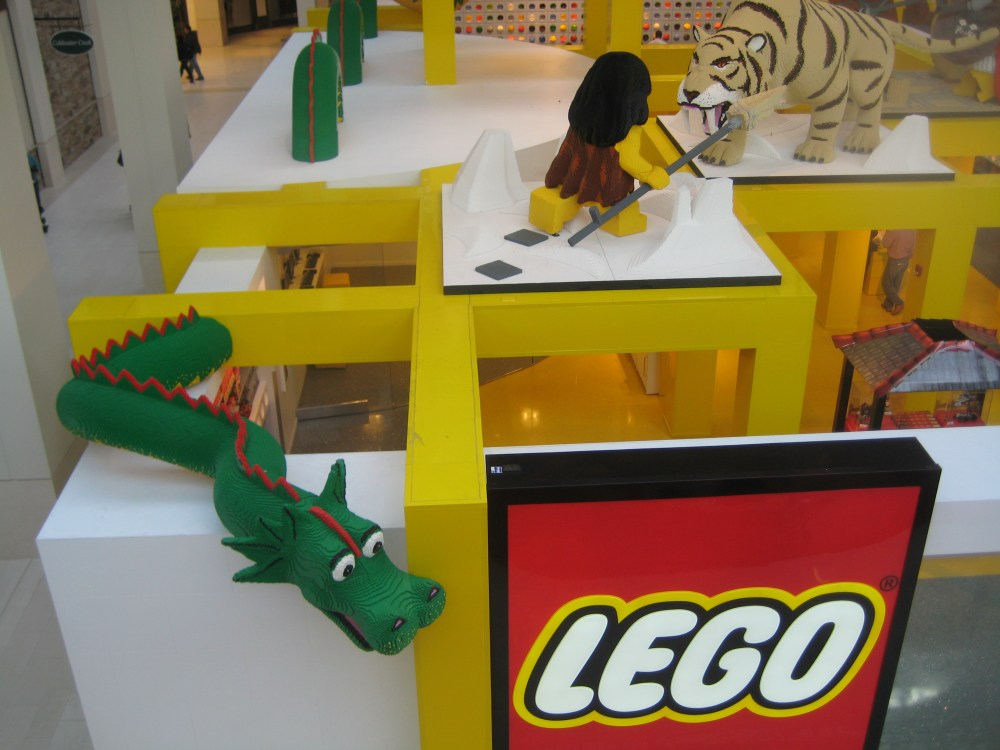 Legoland continues to dazzle at Mall of America (and Shareology)! (2/6)