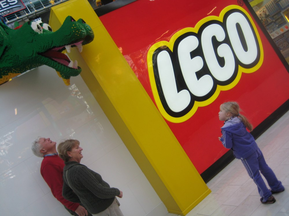 Legoland continues to dazzle at Mall of America (and Shareology)! (4/6)