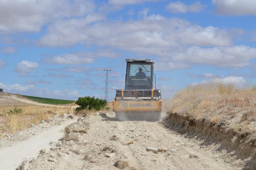 Bünyan Belediyesi yol yapım çalışmalarına aralıksız devam ediyor