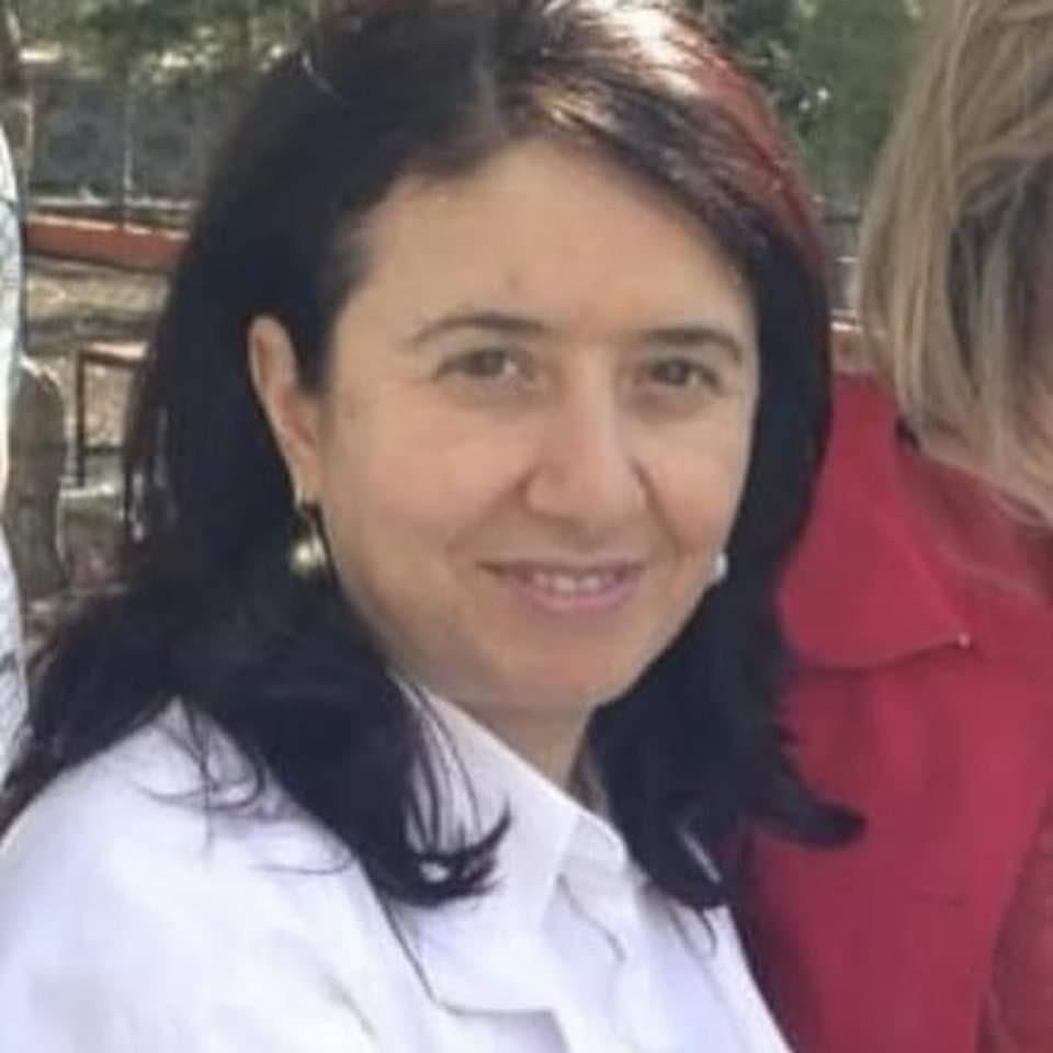 Koronavirüsten hayatını kaybeden Şenay hemşirenin kolon kanseri olduğu ortaya çıktı