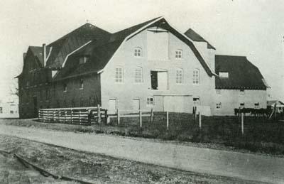 1921 Dairy Barn