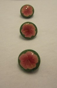 hibiscus buttons