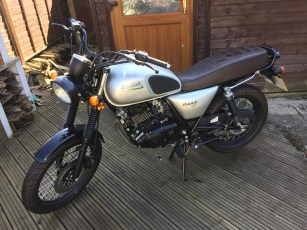 Bullit Hunt motorbike that will go in the DIY Foldaway / Pop-Up Motorcycle Shed