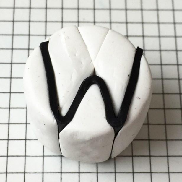 Letter W alphabet cane tutorial - insert black clay