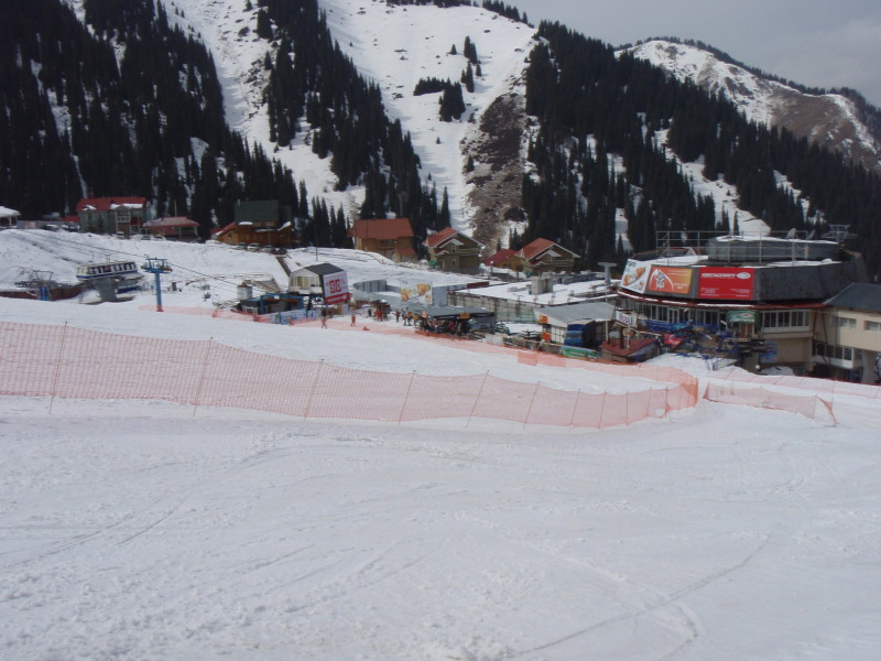 ski-below