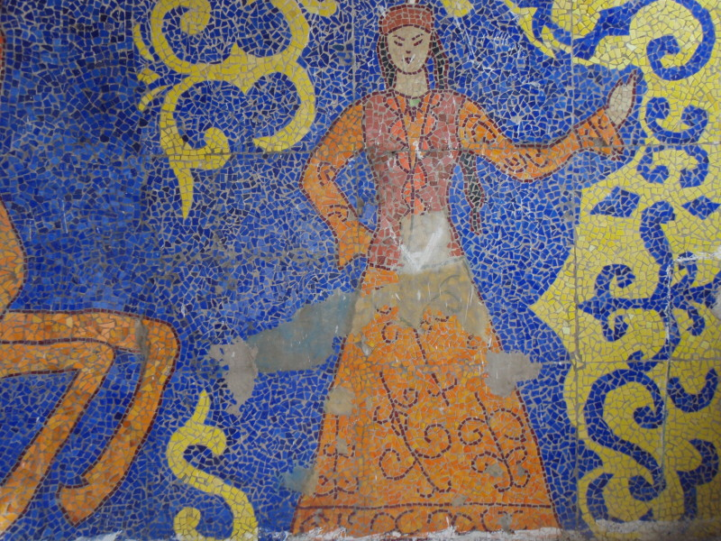 mosaic-woman