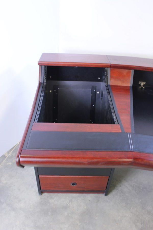 Zaor Matrix Studio Desk Detail