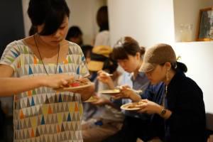 沖永良部島から東京へ食のイベントスタッフとして参戦