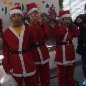 サンタさんの衣装を着て♪