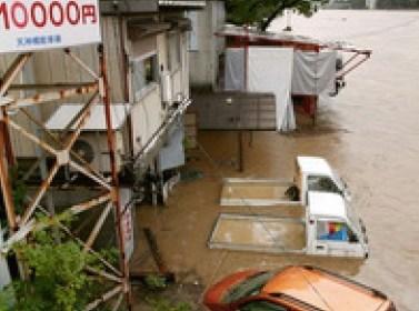 台風12号四国で猛烈な雨で避難指示勧告ほか今日の #スクラップ #2014 #8/3