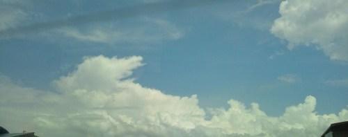 今日の国見あたりは入道雲が出てた。